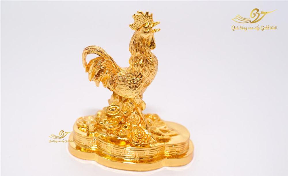 Tượng gà linh vật mạ vàng (size bé )
