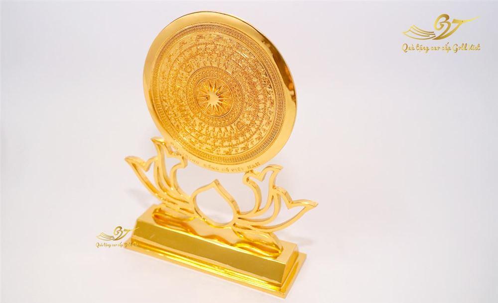 Mặt trống đồng đế hoa sen mạ vàng loại 2 mặt hoa văn