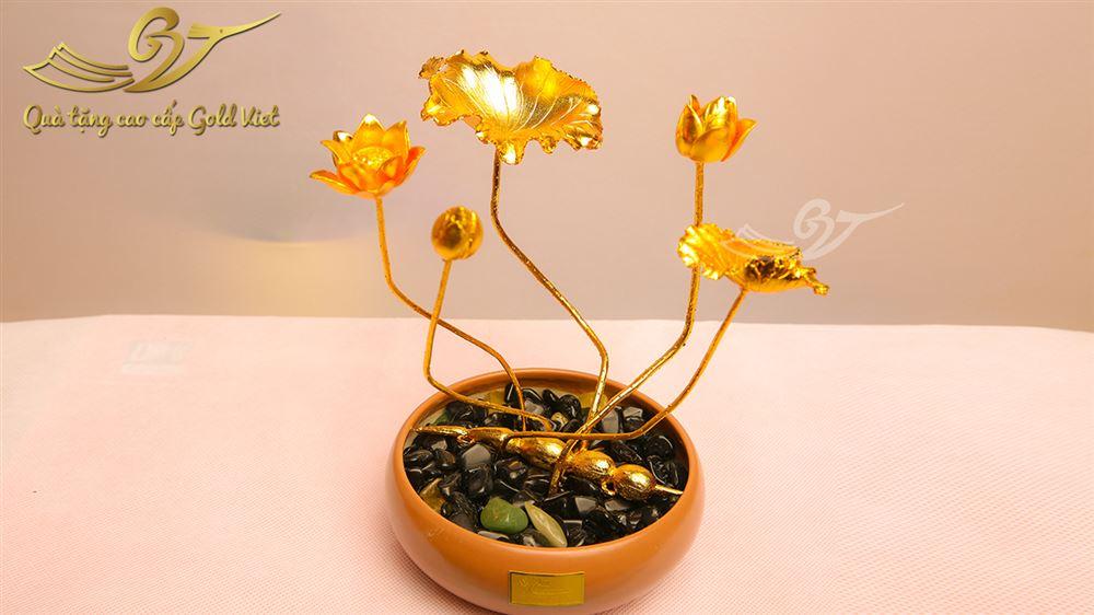 Cây hoa sen mạ vàng- Kiểu 2