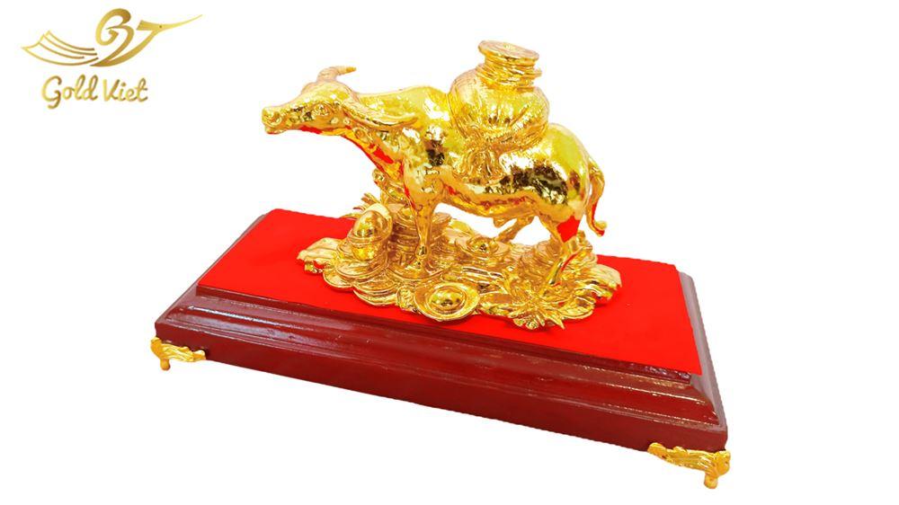 tượng trâu vàng 111