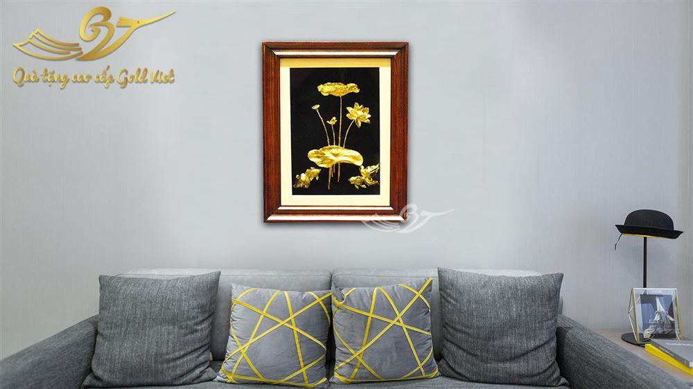 Tranh Cá Chép Hoa Sen Mạ Vàng- Quà Tặng Mạ Vàng Cao Cấp